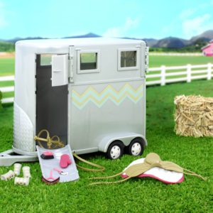 Hoofing It Horse Trailer | Mini Doll Accessories | Lori®