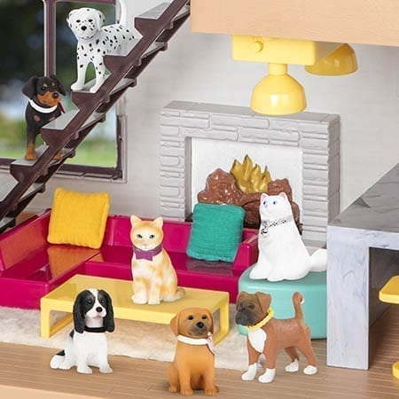 Mini toy dogs and cats.