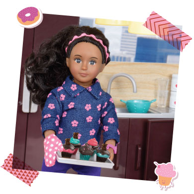 Mini doll with cupcakes.